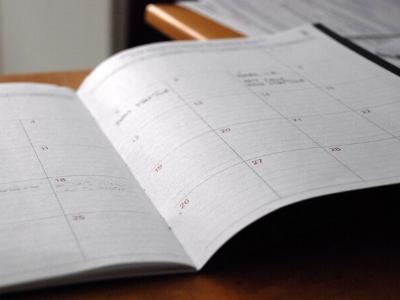 фото Разворот дневника с датами, движение к цели